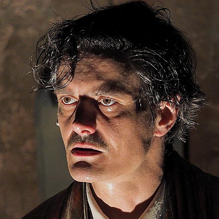 Online színház: Egy őrült naplója Keresztes Tamással